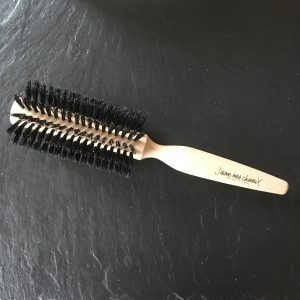 brosse cheveux ronde